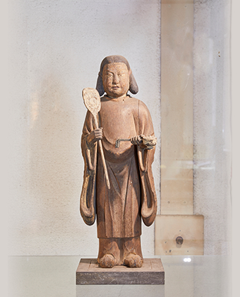 The wooden statue of Uho Doji